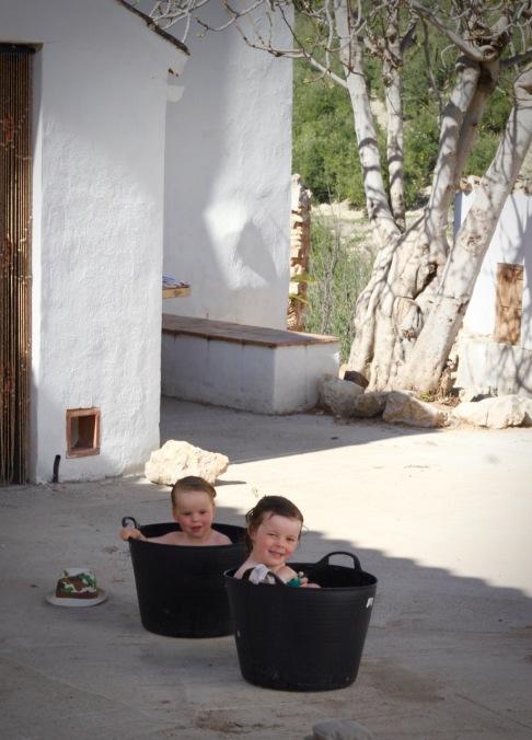 njoying an alfresco bath in the courtyard, Topsy Turvy Tribe