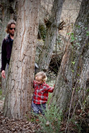 Walking & Hiking With Children Playing Peekaboo & Weaving Through the Trees